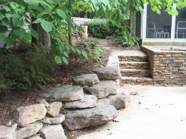 Landscape Boulders: Reaping the Benefits as a Homeowner