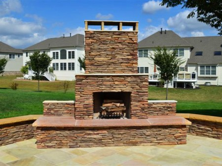 Stone Supplier Discusses the Benefits of Eldorado Stone Veneer