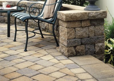 Belgard Cambridge Cobble with Celtik Wall